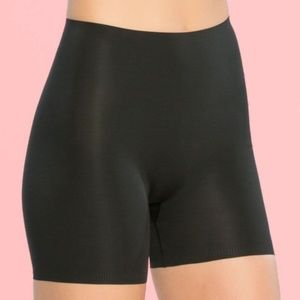 SPANX 10004R Thinstincts Girl Short BLACK